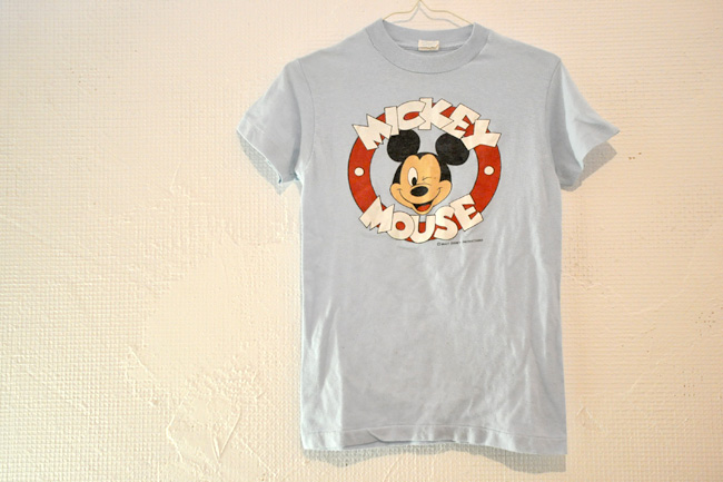 MICKEY MOUSE Tee.