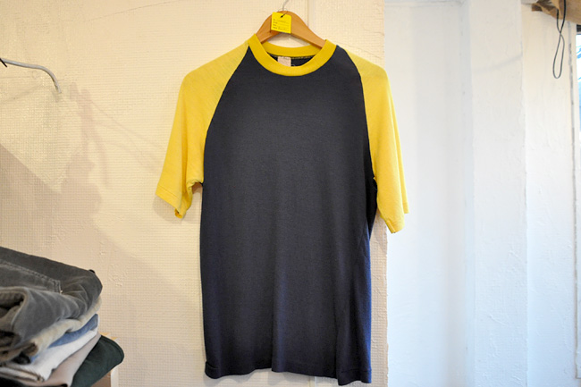 Raglan Sleeve T-shirts