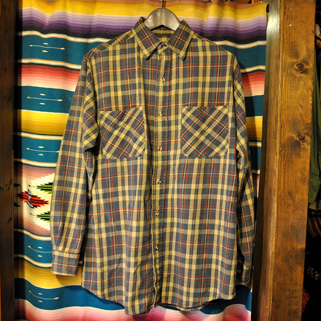 Print Flannel Shirts. 2500yen