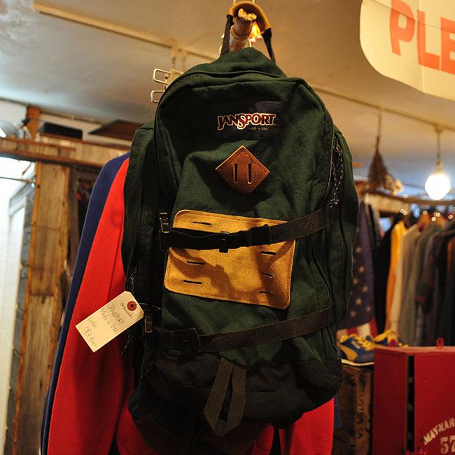 JANSPORT Back Pack. 3900yen