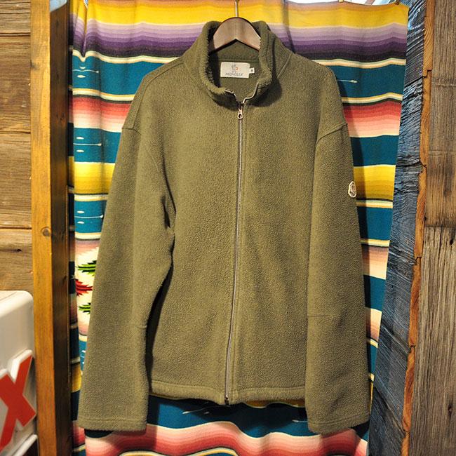 MONCLER Fleece. 2900yen