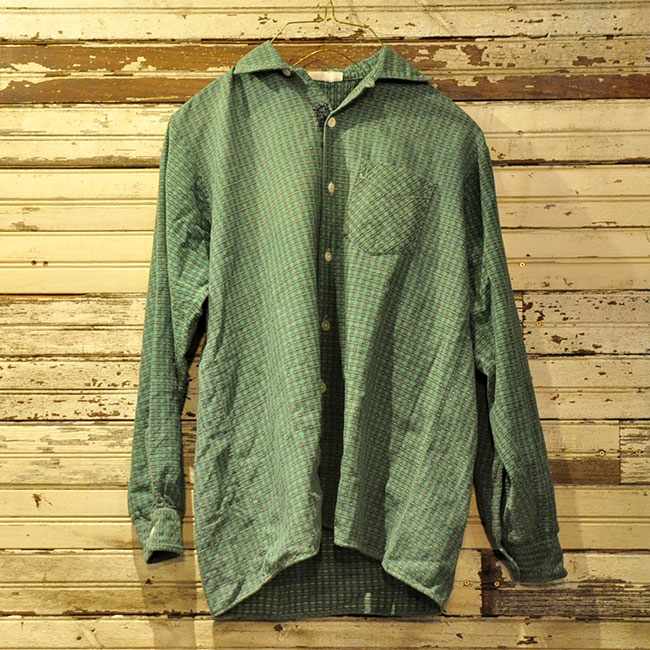 Euro Old Shark Collar Shirt. 2900yen